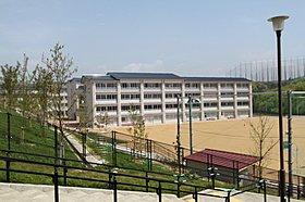 舞多聞小学校。ガーデンシティ舞多聞内に新設されました