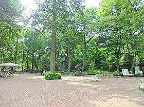 井の頭恩賜公園:徒歩9分(650m)