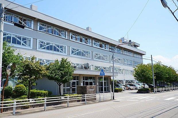 金沢市立西南部中学校