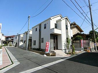 世田谷区八幡山の閑静な住宅街に全8棟の新しい街並みが誕生いたします。