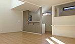 D号棟間取図 3階の10.5帖の洋室はドアが2つあるので、2部屋に分割可能(別途工事費)