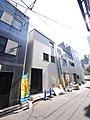 台東2丁目に所有権の新築戸建て3階建て+屋上のご紹介です。