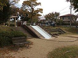 浦谷公園 徒歩...