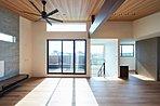■施工事例:心地よいリビングダイニングは家具にも拘りたいですね。