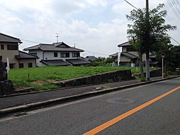 茨木サニータウン宅地分譲(建築条件なし)宅地69坪以上。1,860万円(229.05m2)~