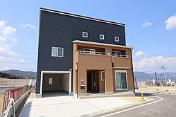 【インナーガレージ×小屋裏収納】 ~ゆとりサイズに多収納 こだわりの邸宅をぜひ  即入居可能です~の外観