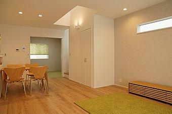 平日、土日ご予約いただけましたらご案内させていただきます。【新価格プライスダウン】残り1 棟、すでに家具、カーテン、照明付。