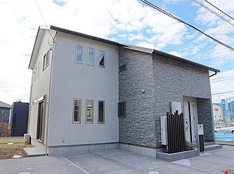 【企画住宅 No.45】 外観写真 駐車スペース2台分