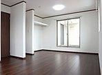【企画住宅 No.45】 2F洋室  将来お子様の成長に合わせて2部屋にできる間取りです。