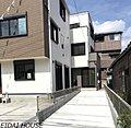 【永大グループ施工】駐車スペース2台 蕨市中央 全2棟 新築分譲住宅