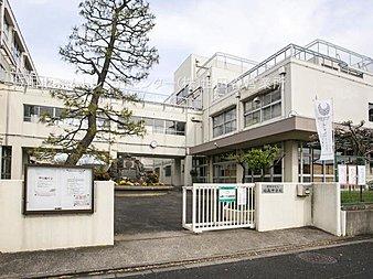 世田谷区立砧南中学校・・距離約430m(徒歩6分)