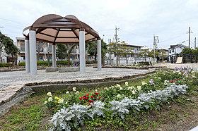 緑がいっぱいの宇山東公園まで徒歩8分(約580m)