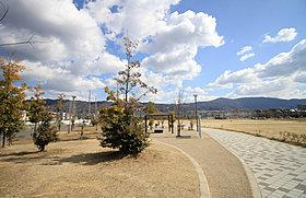 大東中央公園まで徒歩4分(約310m)
