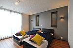 モデルハウスの主寝室です。トヨタグループのアイシン精機社製「ASLEEP BED」。寝心地も体感いただけます♪