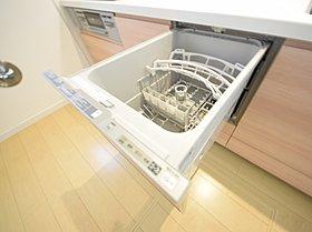 ■食器洗乾燥機付で忙しいママをサポート