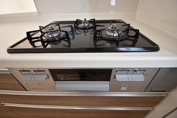 【キッチン】お料理好きの方には嬉しい火加減調整可能なガスコンロ