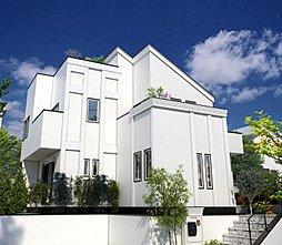 D-DESIGN 山手 屋上庭園のある家