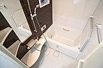 洗濯物を乾かすだけでなく、カビにも防止になる浴室乾燥機はママに嬉しいですね