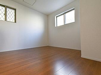 うららかな陽射しがどのお部屋にも降り注ぐよう、快適さを追求した間取設計。