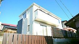 今、注目の【海老名市】の住宅地にカースペース3台の邸宅が誕生し...