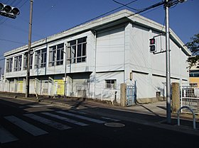 岸和田市立山直北小学校まで約870m(徒歩11分)