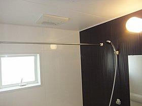 浴室暖房乾燥機で雨の日の洗濯物も安心!(施工例)