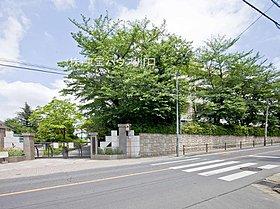 さいたま市立木崎中学校 710m