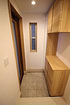 収納充実の玄関スペース