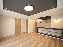 ゆとりのある空間と豊富な収納スペースが魅力のプランニング