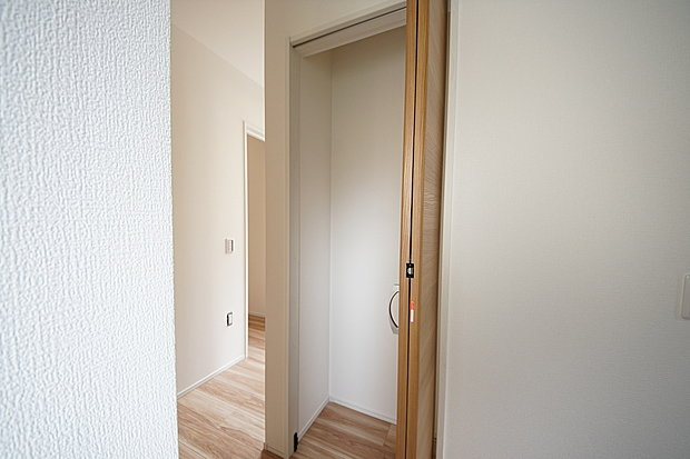 【収納】1階廊下収納スペース(1号棟)