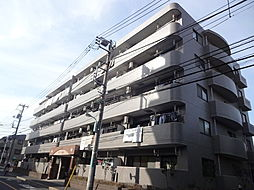 デルフィ弐番館[4階]の外観