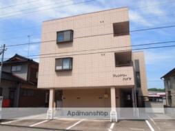 金沢駅 1.2万円