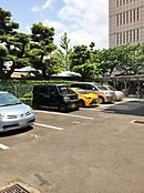 駐車場も敷地内に完備4号線沿いに建っているので、大きなお買い物の時にも、通勤やお出かけにも便利。