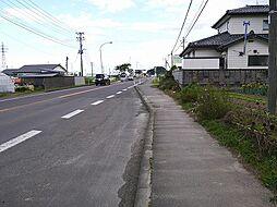 東側 前面道路...