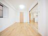 優しい色合いのフローリングを採用した住まい。床の色ひとつでお部屋の印象は大きく変わります。,3LDK,面積72.82m2,価格4,199万円,西武新宿線 田無駅 徒歩4分,,東京都西東京市田無町3丁目