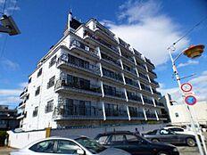 ~ 新規内装リフォーム アフターサービス保証付 6階部分南西向きにつき陽当たり・通風・眺望良好 全室フローリング 東長崎駅より徒歩8分の好立地 ~