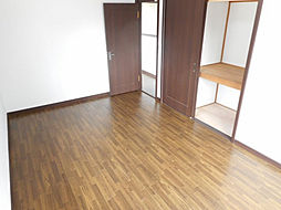 2階の洋室です...