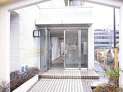 東京都町田市鶴間8丁目の賃貸マンションの外観