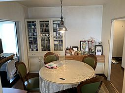 リビングと食堂が区切られていてご飯中も家族との会話が弾みます