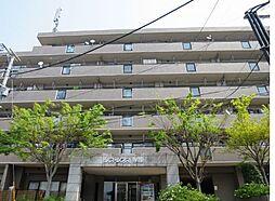 リファレンス寺塚[5階]の外観