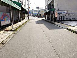 南方向、吉野川...