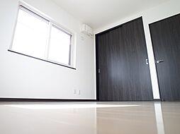 2階6帖の洋室...