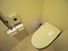 タンクレストイレで見た目もスッキリ