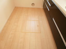 キッチン床下収...