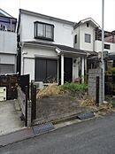平成7年12月建築。JR和歌山線「志都美」駅より徒歩13分に立地する中古戸建。