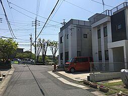 前面道路は5.4m。周辺商業施設充実の地域。イオンモール岡崎まで徒歩8分と、とっても便利