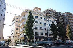 外観(自由が丘でのマンションライフは、交通アクセスのよさはもちろんですが、お買い物にもとても便利です。)