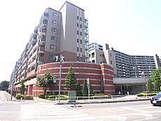 ステイツ武蔵野・東大和グランパサージュの外観です。