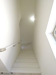リビング階段は...