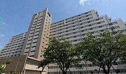 都営大江戸線「勝どき」駅徒歩4分の好立地。東京メトロ有楽町線「月島」駅も利用可能です。